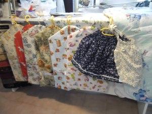 függönyvarrás székesfehérvár: színes ovis ruhazsákok